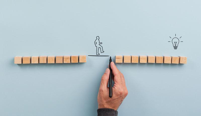 Educación en el trabajo herramienta para reducir desigualdades